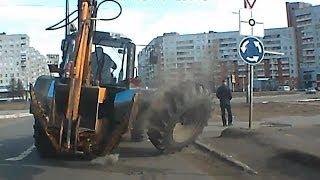 У трактора на ходу отвалилось колесо. Северодвинск.(, 2015-02-01T23:03:13.000Z)