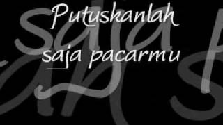 Download lagu ST12 Puspa with Lyrics