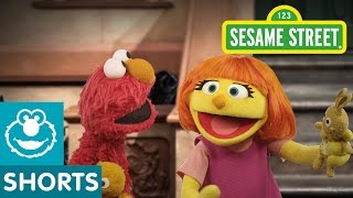 Repeat youtube video Sesame Street: Play Peek-A-Boo with Elmo & Julia