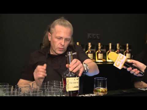 Юбилей компании Hennessy:...