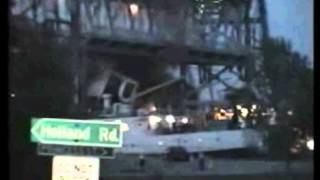 BOAT CRASHES INTO BRIDGE, EPIC FAIL!!