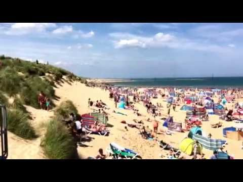 Sun-worshippers continued to converge on Sea Palling today (Sunday) despite yesterday's tragedy.