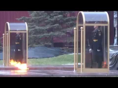 Moscow Red Square / Kremlin / Tomb of Unknown Soldier Могила Неизвестного Солдата 2014-12-20