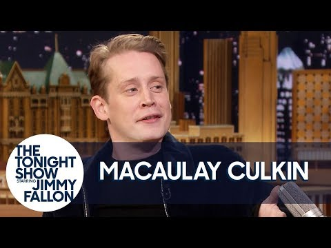 Macaulay Culkin Netflix and Chills with Home Alone for Girlfriend