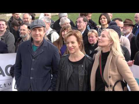 Juliet Stevenson And Other Actors Campaign To Keep Dubs Scheme In London