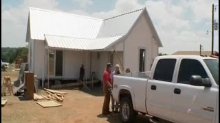 Video Texas Flip and Move Season 1 Episode 4  - Historic Telephone House Flip download MP3, 3GP, MP4, WEBM, AVI, FLV November 2017
