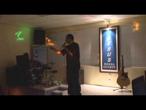 Menino Valente, O Senhor é Contigo - Ministração Em Culto Jovem -  Juninho Lutero