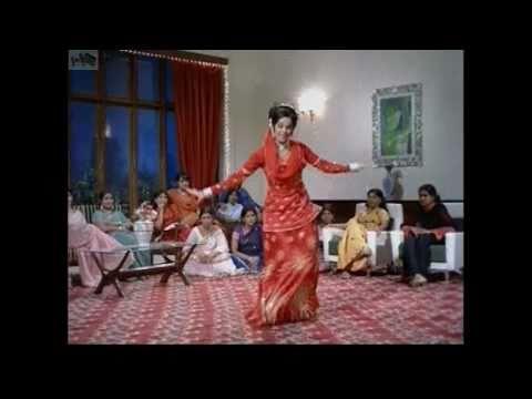 koi sehari babu (meh cham cham nachdi pheera) by asha bhosle from LOAFER (MUMTAZ)