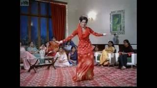 koi sehari babu meh cham cham nachdi pheera by asha bhosle from loafer mumtaz