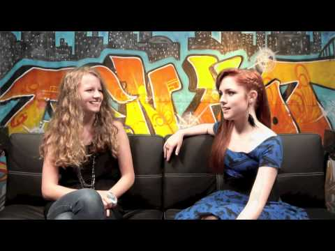 Teen Hoot / Interview with Annie Rose Robinson
