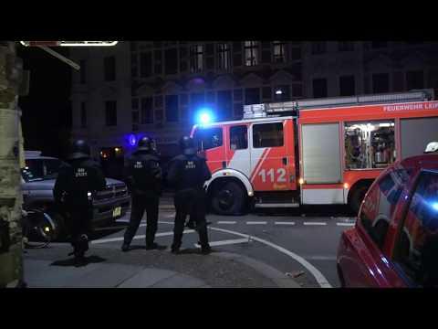 Polizeischutz Bei Feuerwehreinsatz Nach Brandserie