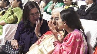 Sara Ali Khan Shows Respect To Asha Parekh, Zeenat Aman At Marathi Event