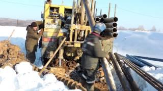 видео Бурение скважин зимой