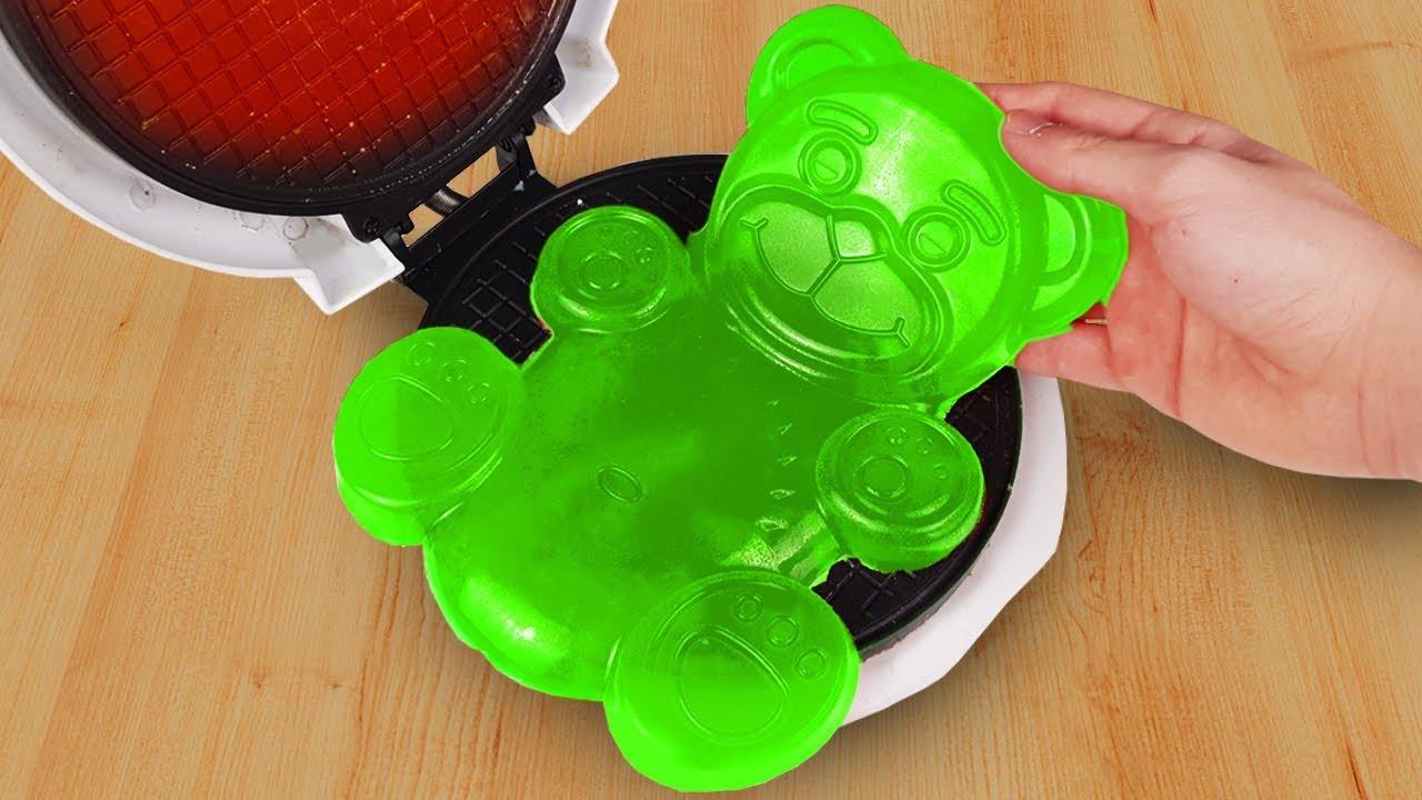 experiment-waffle-maker-vs-jelly-bear