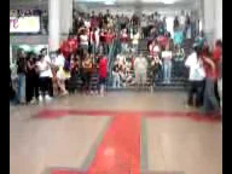 tomball highschool dance off3