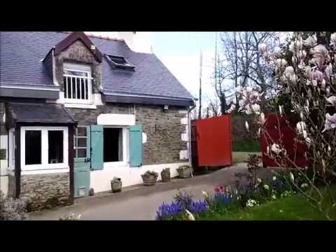 Cottage Gite in beautiful surrounding with land Brittany France Euro 65,000