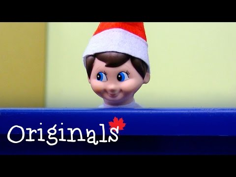 cameras-catch-elf-on-shelf-making-snowman