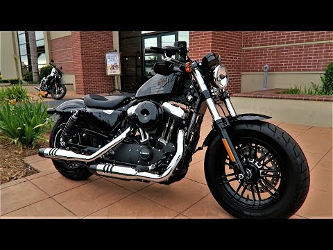 2017 Harley-Davidson Forty-Eight (XL1200X)│Review & Test Ride