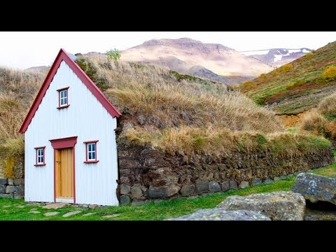 Icelandic Turf Houses - Unusual Homes (Iceland)
