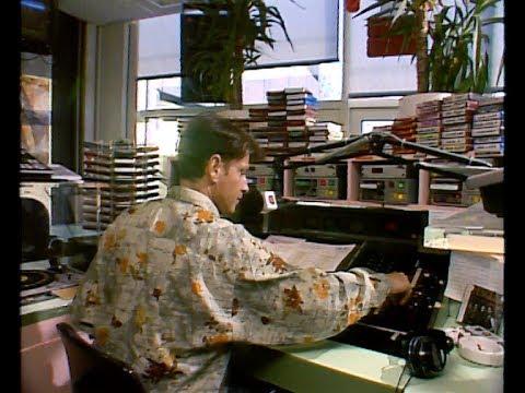 Erik de Zwart presenteert de Top 40 op de radio (10-01-1992) - Retroforum