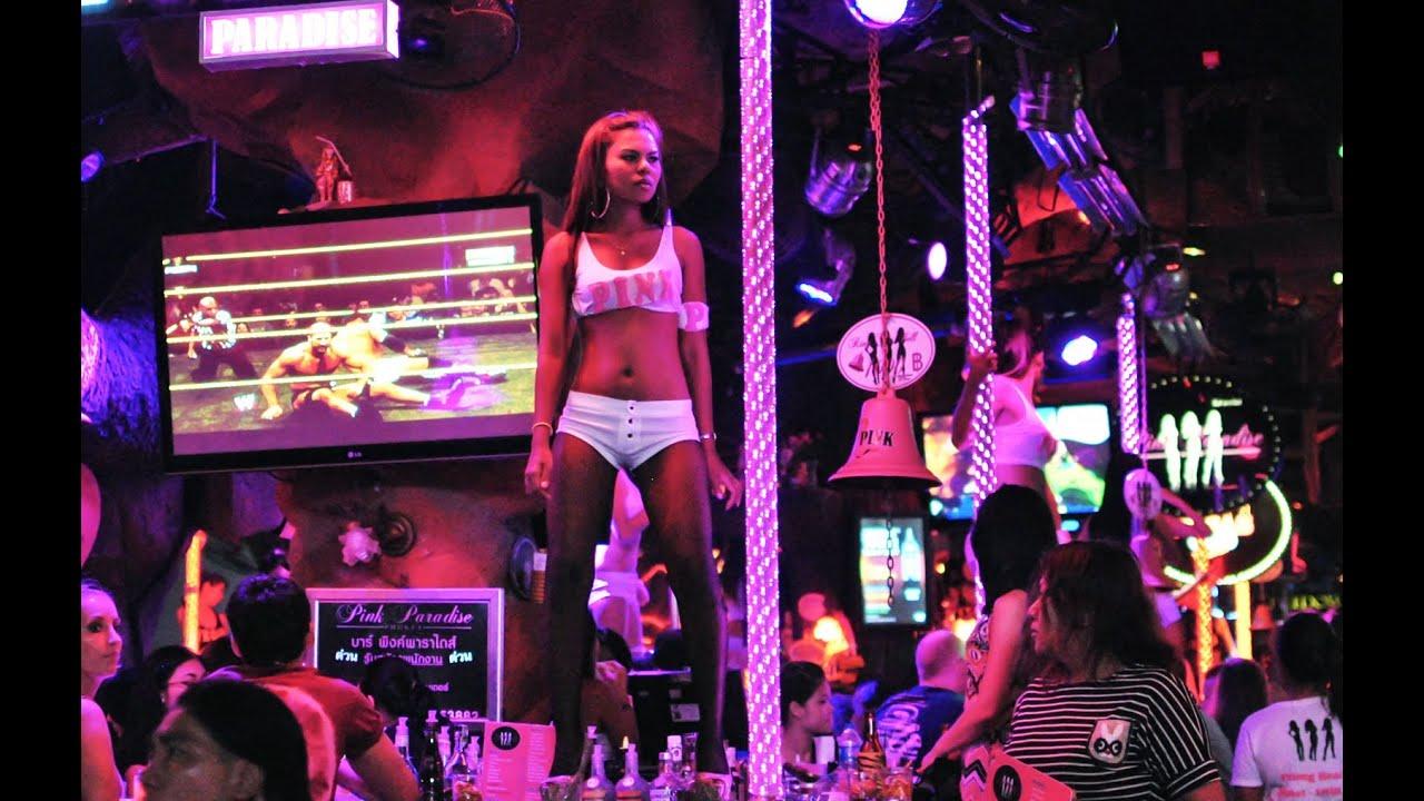 Élő homoszexuális show Bangkokban