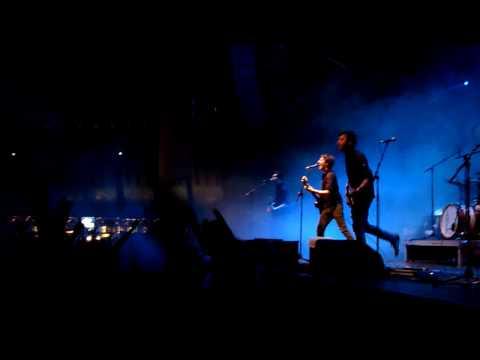 Vanilla Sky - Umbrella [HD] live