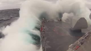 Шторм в океане, вид с корабля, лучшая подборка 2017.