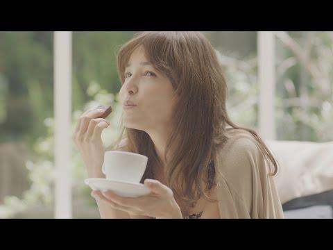梨花、コーヒーブレイクで素顔チラリ 江崎グリコ『Bitte』新TV-CM「Bitte Style」篇&メイキング映像
