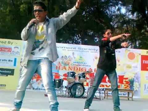 Chandigarh Basant Panchmi Carnival 'Live Rap Performance' By Sj Rapper & Pinku On 28-01-2012.mp4