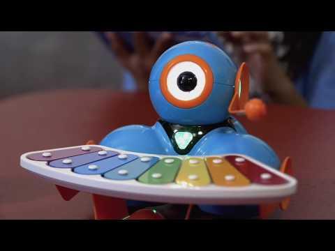 Wonder Workshop Dash Interactive Robot Toy   Xylophone