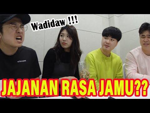 mahasiswa-korea-pertama-kali-coba-camilan-unik-dari-indonesia-신기하고-특이한-인도네시아-과자