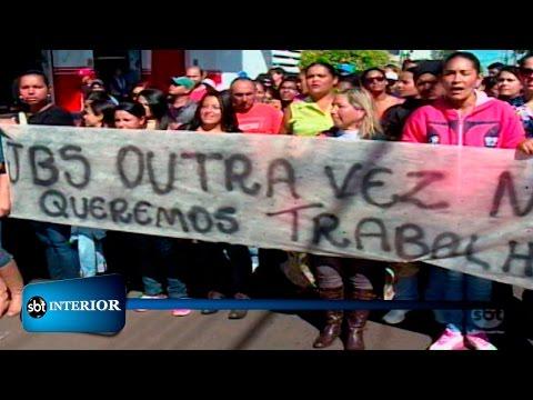 Presidente Epitácio: Protesto é feito contra demissão de quase 800 trabalhadores de frigorífico