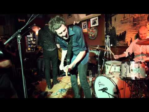 THE DRONES @ Le Galion Lorient 22/07/2014 Full Live !