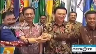 Berita 11 Januari 2016   Demi Teman AHOK, AHOK Tolak Dukungan PDIP Di Pilgub DKI 2017 HOT