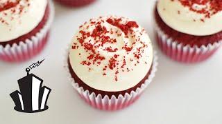 Cake School: How to Make Red Velvet Cupcakes