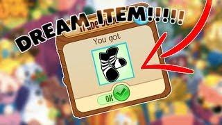I got my DREAM Item! *RARE* Black Candy Cane Socks | Animal Jam