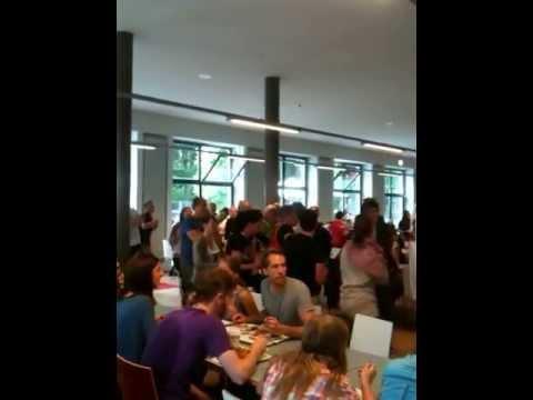 Flashmob In Der Mensa Nord (HU Berlin)