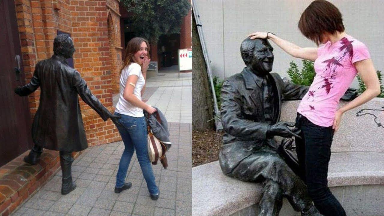 statues posing hilarious