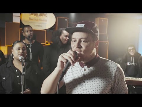 Kamaal Williams- 'Still Standing' Live (ft.Children Of Zeus and The Triple S Choir)