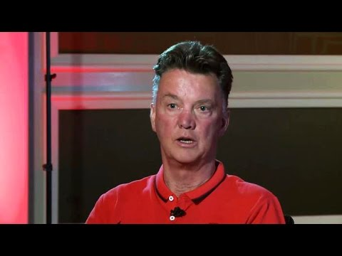 Manchester United - Louis Van Gaal Interview - Sir Alex Ferguson, Formations, PL & United's History