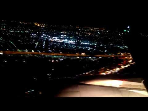 แอร์เอเชียลงสนามบินดอนเมืองตอนกลางคืน #วิวสวยมากครับ