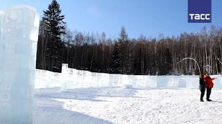 ''Ледяная библиотека чудес'' открылась на Байкале
