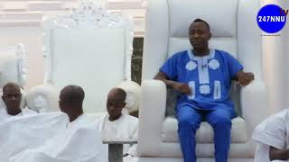 Gambar cover (FULL VIDEO) How Omoyele Sowore and crew were TEAR GASSED in Ooni Ife Palace [MUST WATCH]