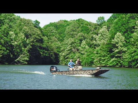 Excel marine CAT PRO 24 boat
