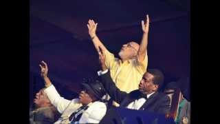 RCCG Mass Choir & RCCG Praise Team-Wonder Wonder
