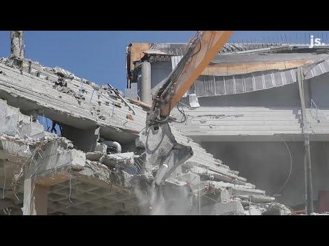Watch Joe McEwen destroy the Bradley Center
