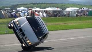 Repeat youtube video BMW STUNTSHOW & DRIFT BEIM KING OF GERMANY - 1/4 MEILE ALKERSLEBEN 2010