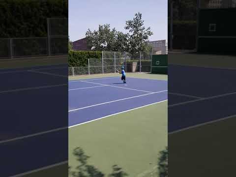 Alexander 5 years old- tennis player