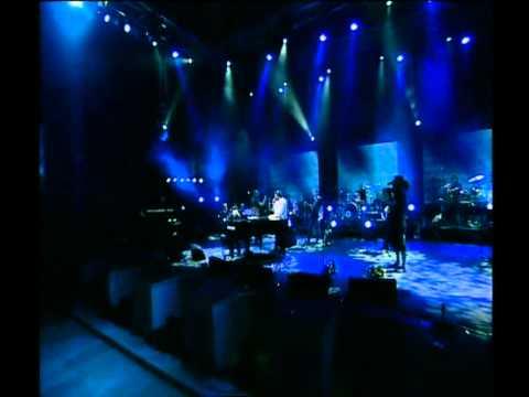 גד אלבז בהופעה חיה בקיסריה - כל החיילים  Gad Elbaz Live In Caesarea - Kol Hahayalim