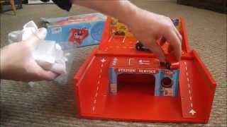 Vilac Travelling Toy Garage In A Box
